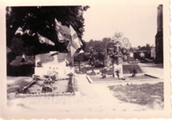 4-20-Monument_anglais_1948